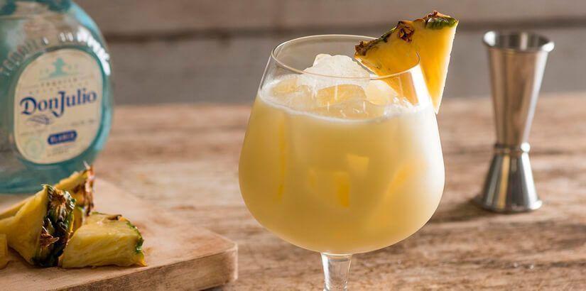 cocteleria-madrid-coctel-piña-colada